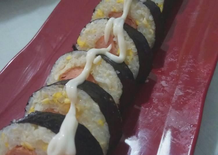 Resep Nasi Goreng Sushi Bikin Jadi Laper