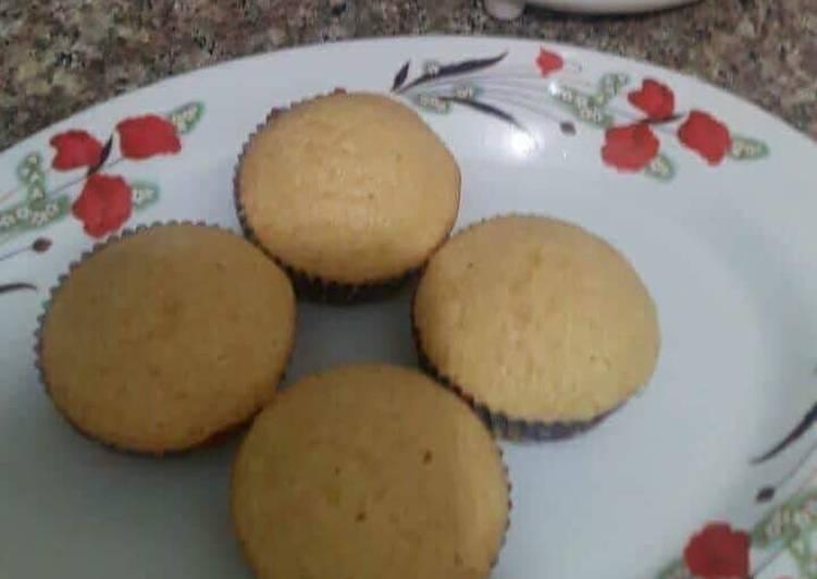 Recipe: Yummy Basic Vanilla cup cake💕