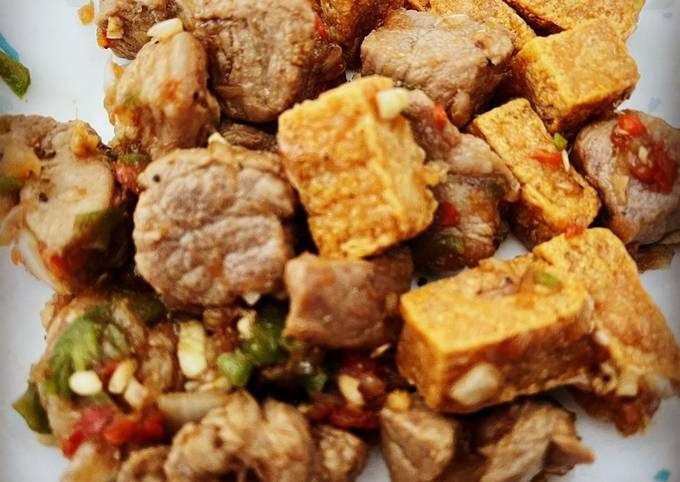 Tokwat Baboy (Tofu and Pork)