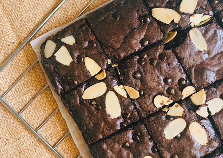 Fudgy Brownies with Shiny Crust