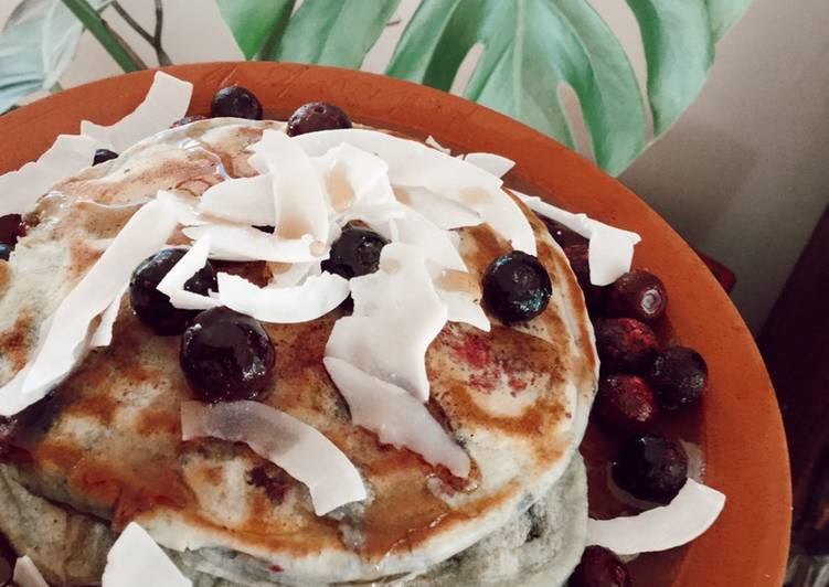 Foods That Can Make You Happy Fluffy blueberry pancakes