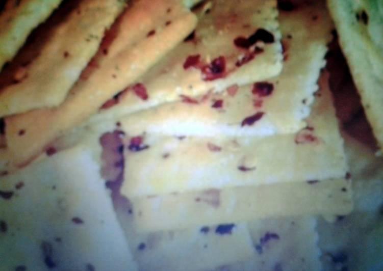 spicy fancy crackers