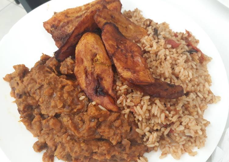 Porriage beans,jollof rice with fried plantain
