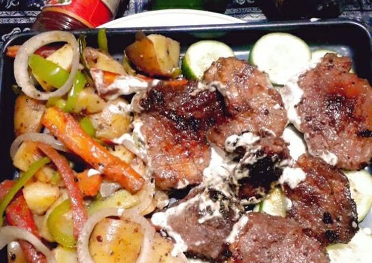 🥩🥩Beef steak with vegetables🥒🥬🥔🥕🌰