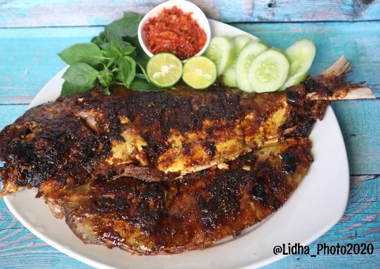 Ikan kue Bakar