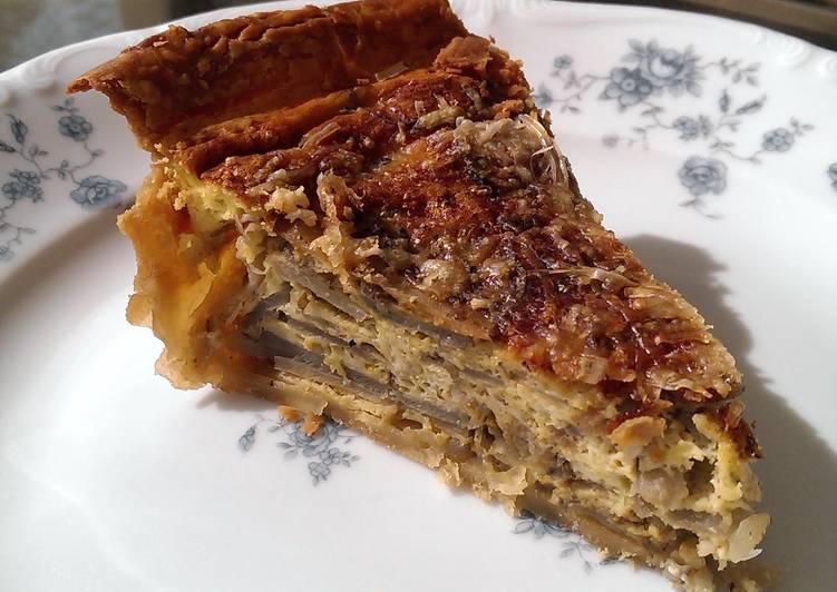 Sunchoke (Jerusalem Artichoke) and Leek Breakfast Pie