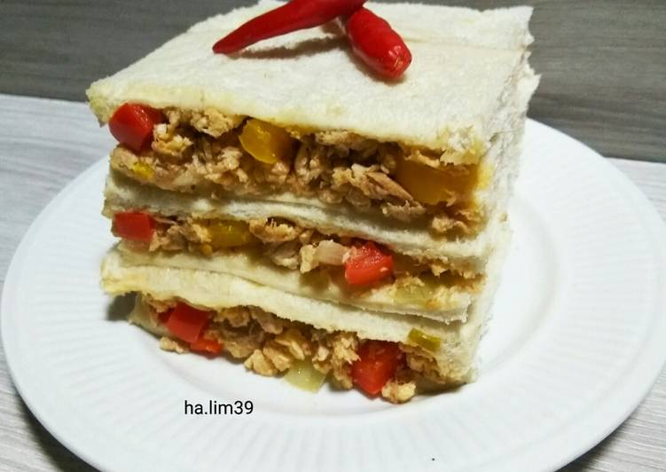 Cara Mudah Masak: Sandwich Cili Tuna & Telur  Terbaru