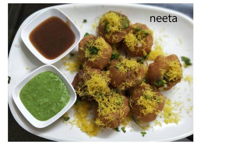 Consume These 14 Superfoods to Go Green for Better Health Sab ki Favourite Party Snack Yummy Sev Puri