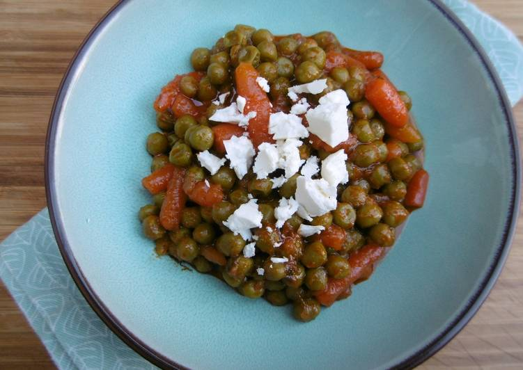 Recipe of Ultimate Veggie Stew with just Carrots & Peas in Tomato Sauce