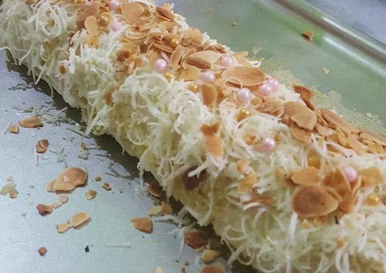 resep buat Bolu gulung keju panggang - Sajian Dapur Bunda