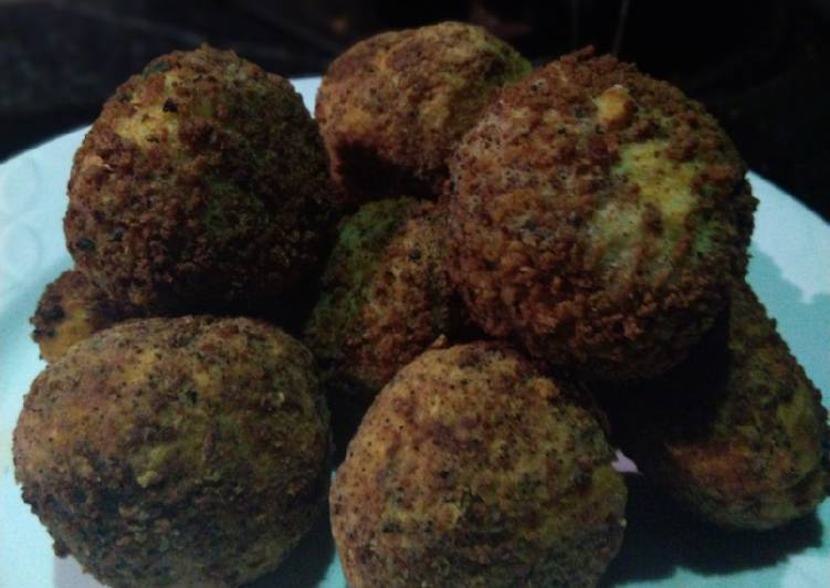 Bread crumbs coated yam balls