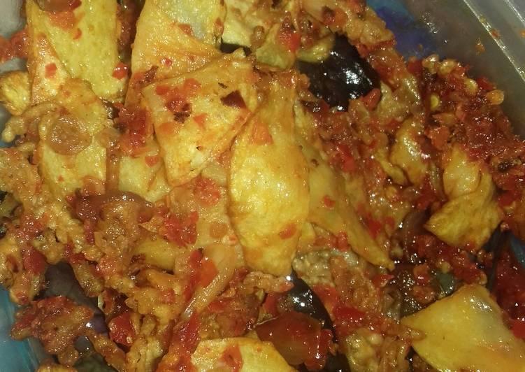 Balado keripik kentang dan terong