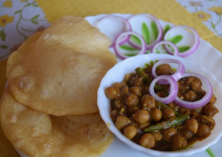 Step-by-Step Guide to Prepare Super Quick Homemade Punjabi Chole Bhature