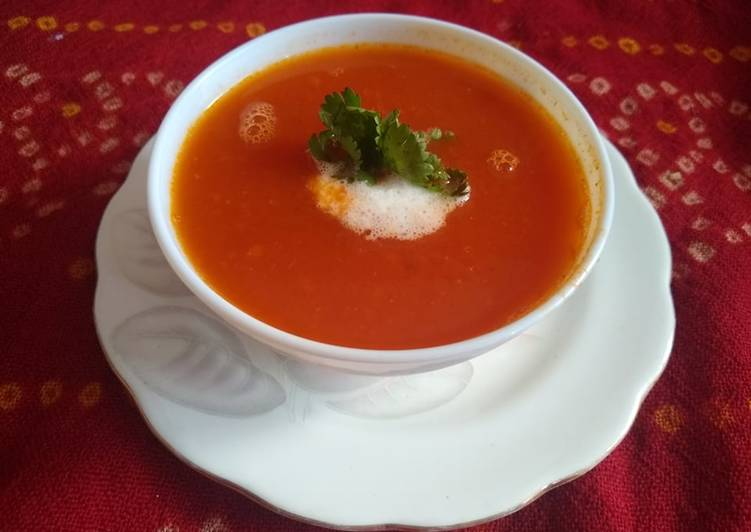Tomato carrot soup, Help Your To Be Healthy And Strong with The Right Foods