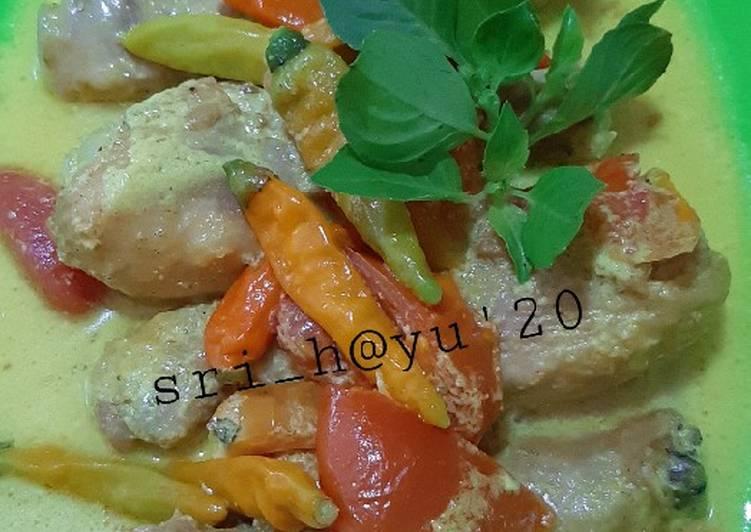 Ayam bumbu acar kuning (tanpa sayur)