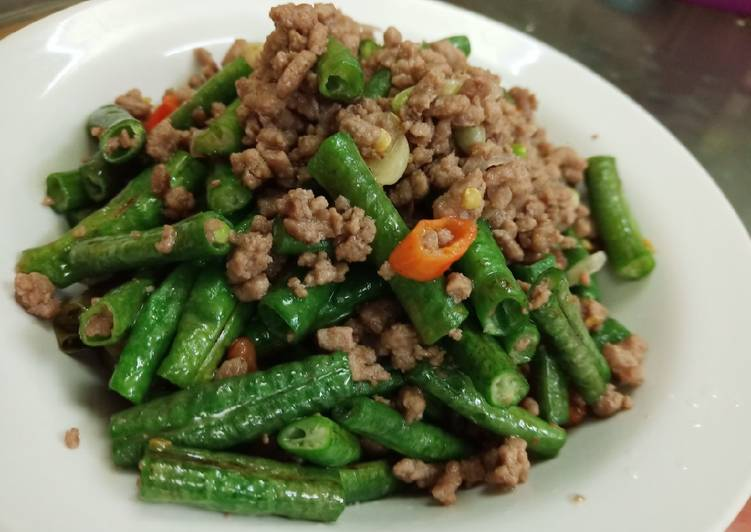 Resep Tumis Kacang Panjang Daging Cincang oleh hera ariani - Cookpad