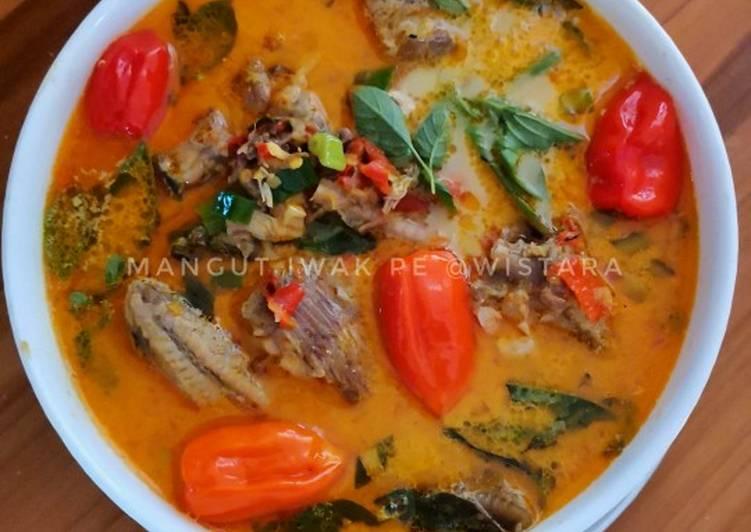 Mangut Iwak Pe / Mangut Ikan Pari