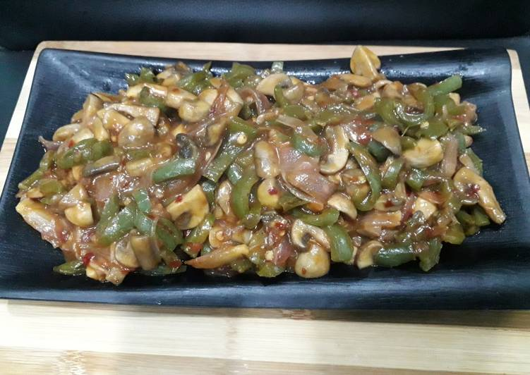 Schezwan mushroom fry