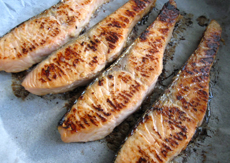 Simple Way to Make Speedy Miso Marinated Salmon