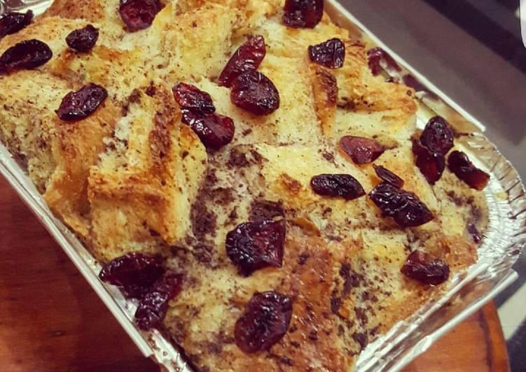 Orange Cranberries Bread Pudding