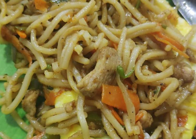 Foods That Make Your Mood Better Chinese noodles