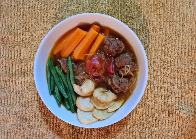 Semur (Indonesian Beef Stew)