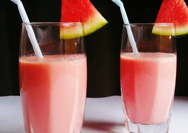 Watermelon Smoothie - Healthy and Delicious