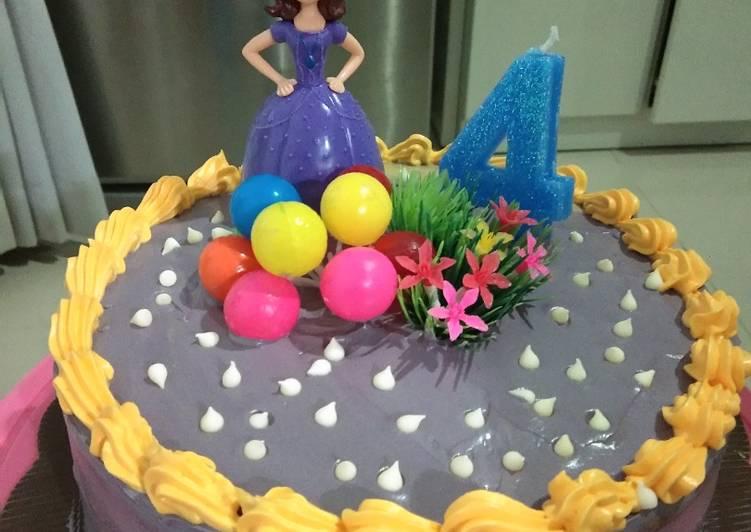 Simple Birthday Cake (Week 3 Golden Apron) - cookandrecipe.com