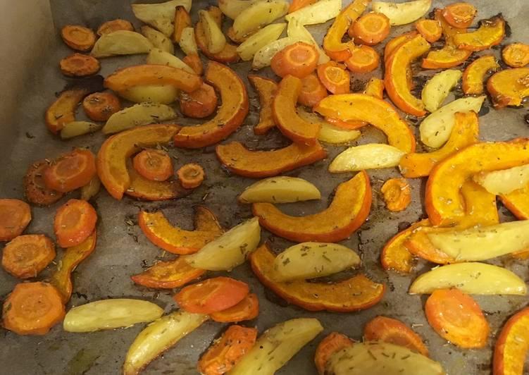 Kürbis, Kartoffeln und Karotten aus dem Ofen