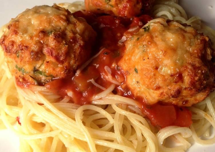 Chicken Meatballs with Garlic Spaghetti