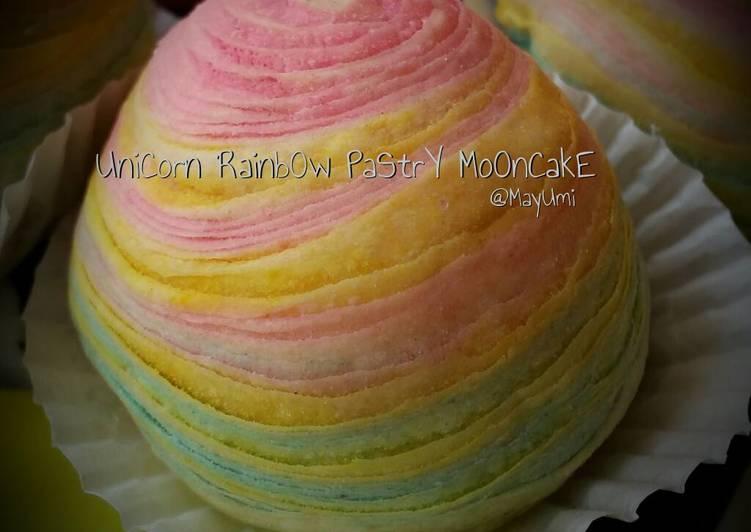 Unicorn rainbow pastry mooncake