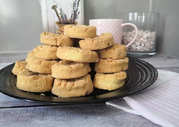 Glutén- és tejmentes burgonyás ropogós pogácsa recept foto