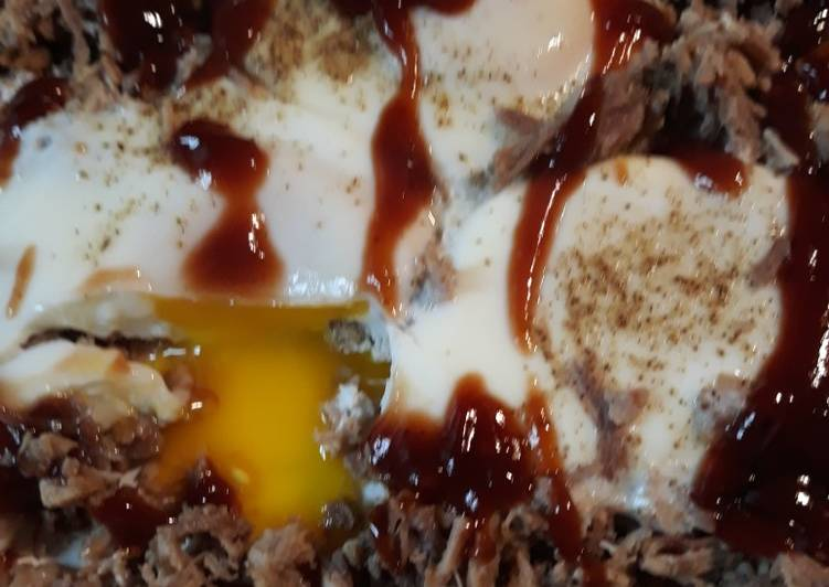 Peppered Pulled Pork and Eggs
