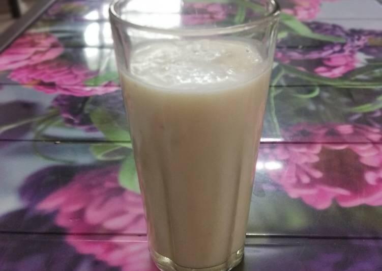 Recipe of Award-winning Banana smoothie