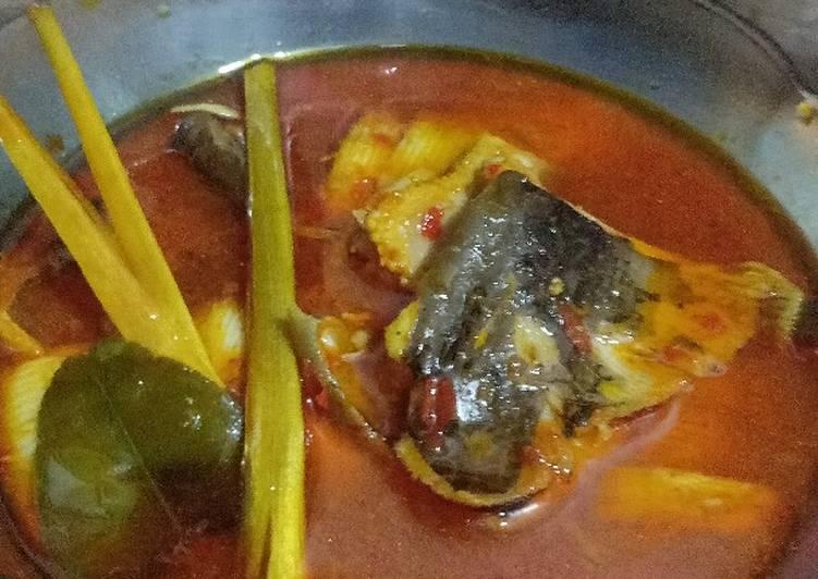 Ikan pari asam podeh