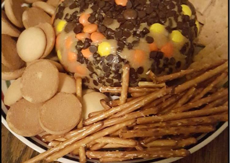 Peanut butter and Reese's pieces Dip