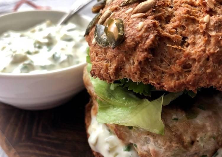 Recipe of Super Quick Homemade Tuna burger with tartar sauce