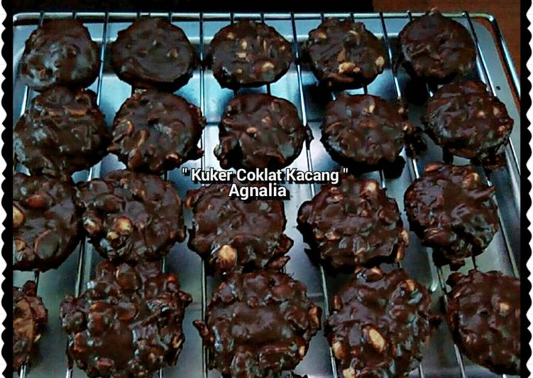 """Kue Kering Coklat"""