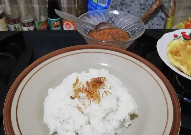 Nasi Uduk Magic com Simple