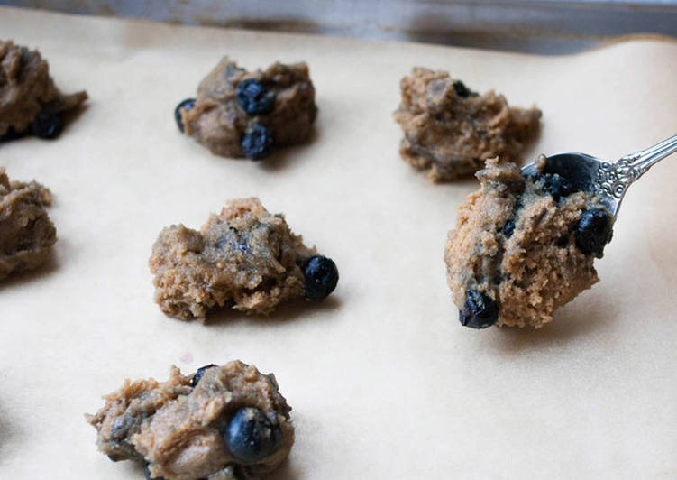 Butterless Almond Blueberry Cookies