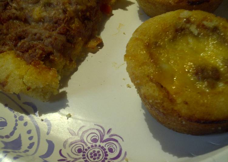 Cheesy sloppy joe casserole muffins, and an openface