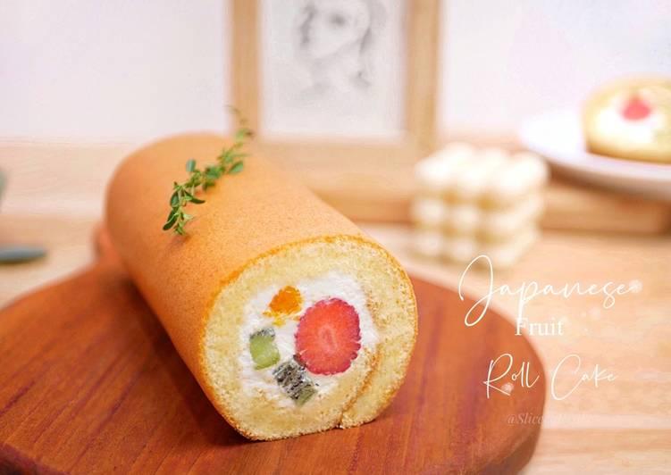 Japanese Fruit Roll Cake / Bolu Gulung Isi Buah