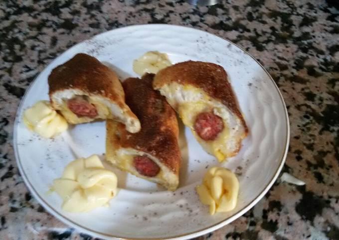 Roules de pain de mie au fromage et merguez