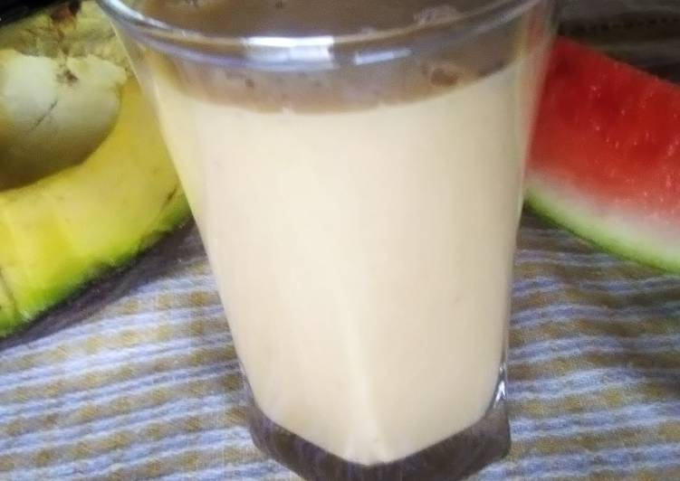 Avocado and melon smoothie