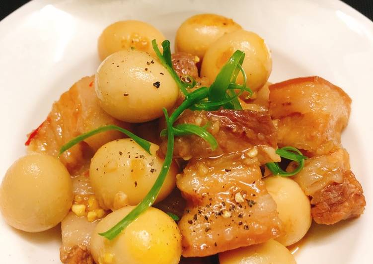 Cách Làm Món Thịt ba chỉ kho trứng cút coca của Trần Thị Ngọc Ý - Cookpad