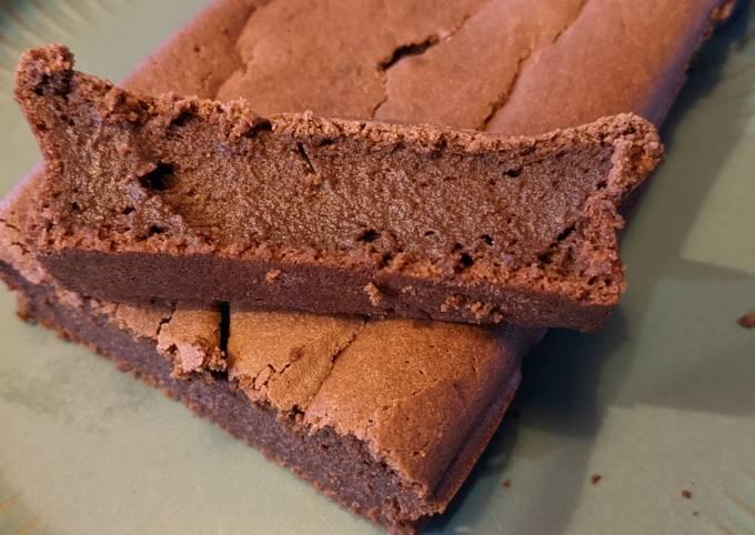 Gâteau au chocolat sans lactose à la compote de pommes
