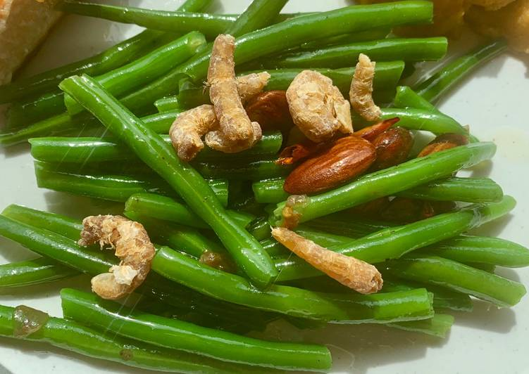 Step-by-Step Guide to Prepare Ultimate Indonesian-inspired spicy green beans