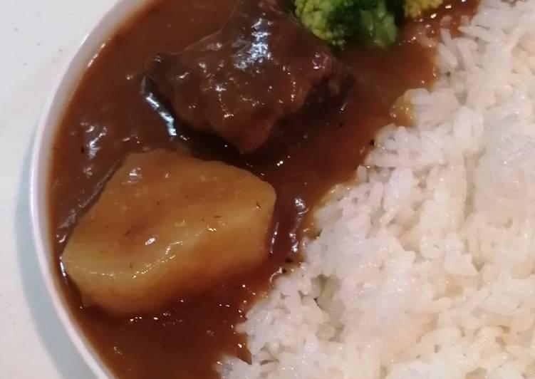 Simple Beef Stew, empuk banget favorit keluarga dengan panci presto