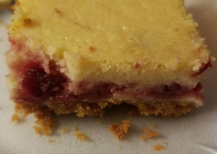 Tart cherry cheese cake bars