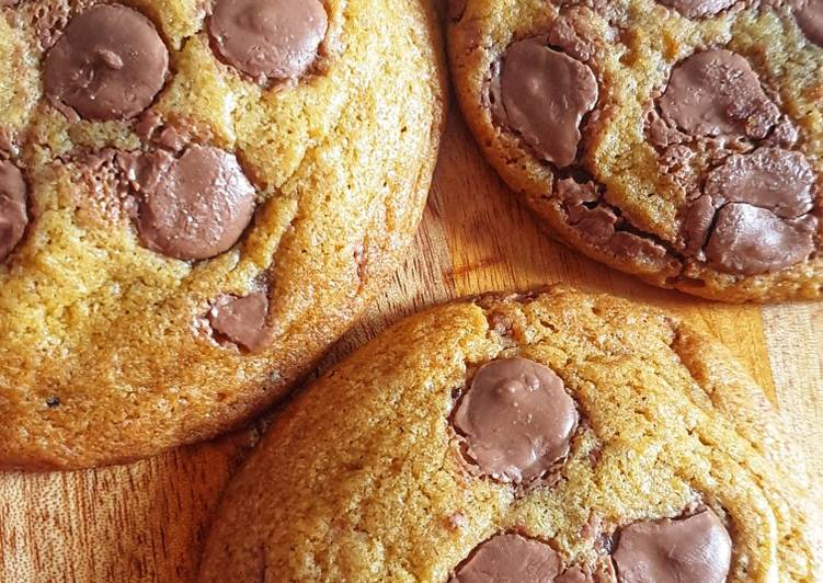 Choco Chips Soft Cookies